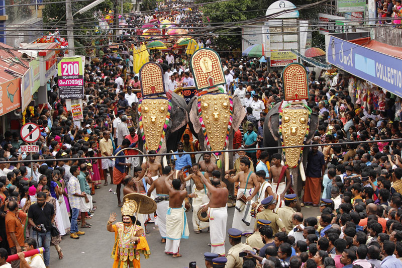 Onam Procession in Onam Tour