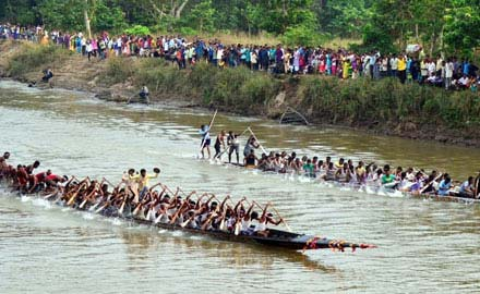 Snake Boat Race In Kerala During Onam