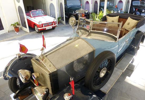 Explore Vintage Cars