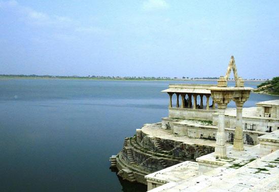 Rajsamand Lake